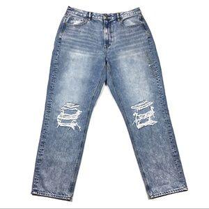 American Eagle light wash mom jeans 12 regular